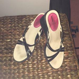 Shoes - Donald Pliner platform sandals